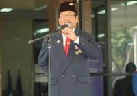 Bapak Kepala Sekolah SMA Presiden